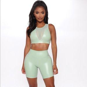 Fashion Nova Bringing my A Game Crop top
